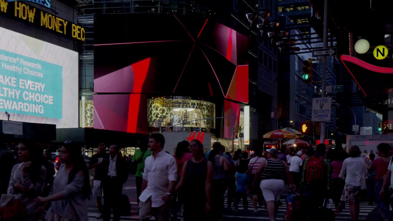 H and M retail logo film design night crowd cgi 3d